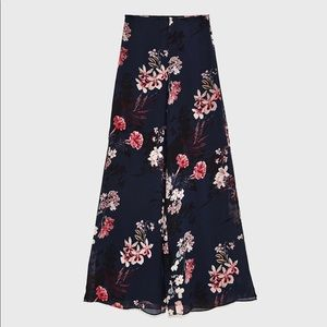 NWT Zara Floral Trousers with side vents